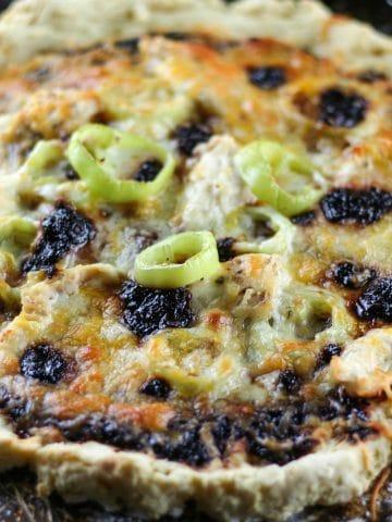 raspberry chipotle pizza