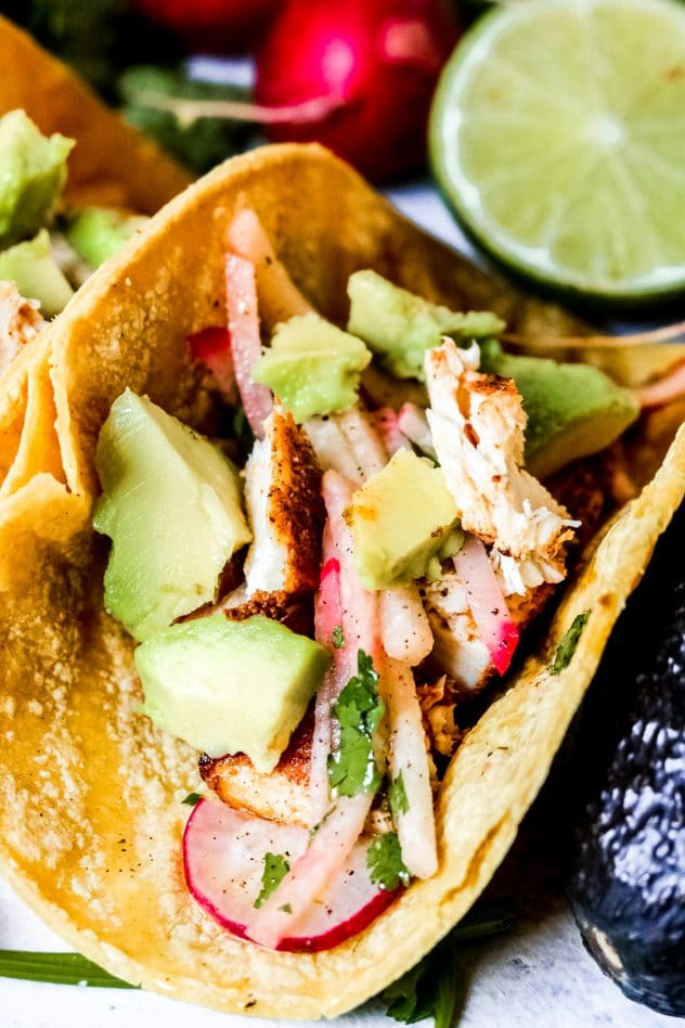 a mahi mahi fish taco