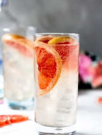 la croix paloma in a highball glass