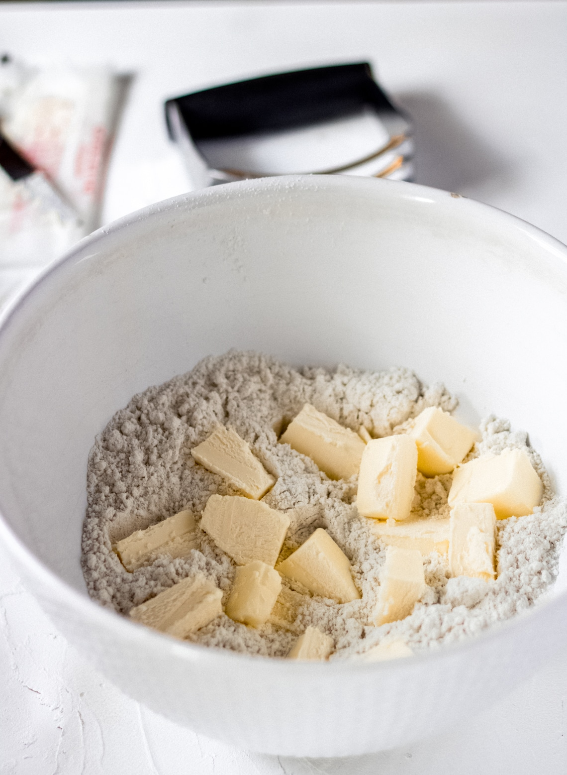 a bowl of gluten-free galette ingredients