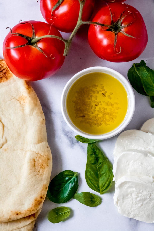 ingredients for fresh tomato flatbread pizza