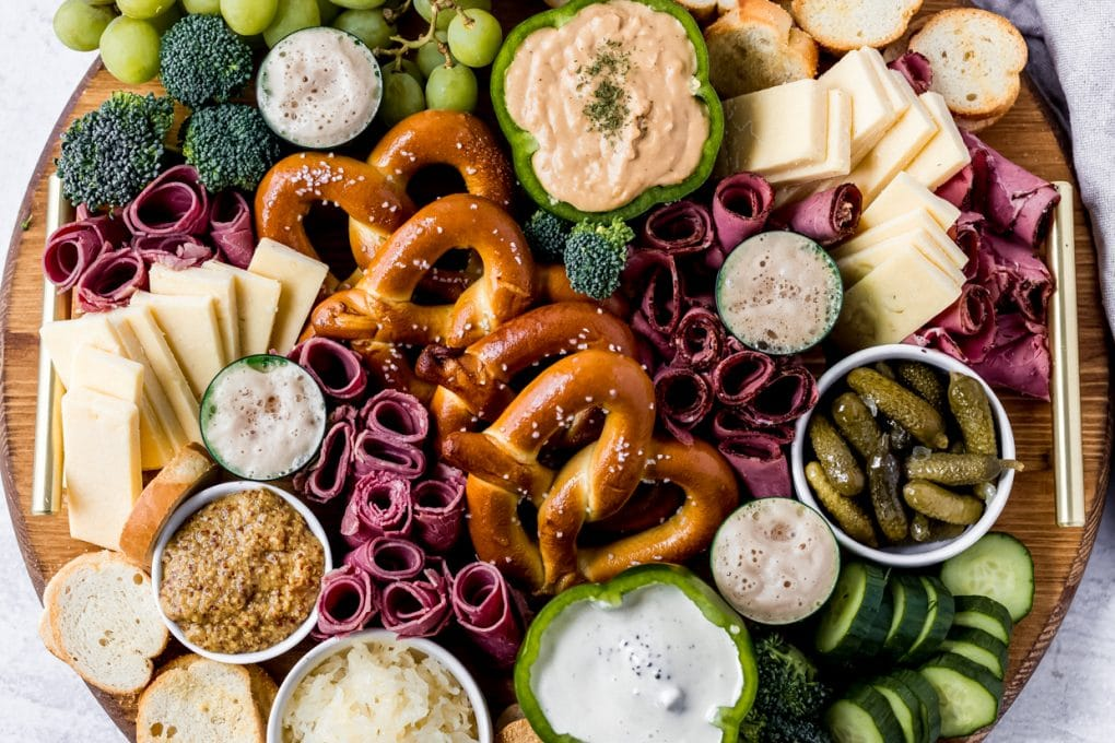 a round St. Patrick's Day Charcuterie Board