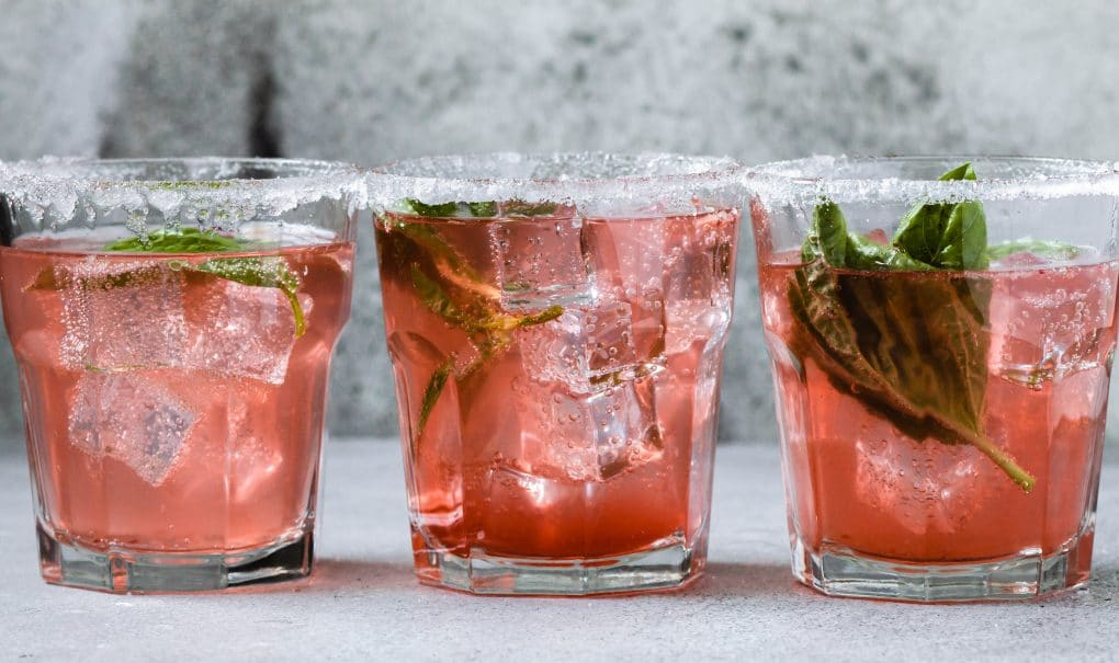 three glasses of pamplemousse la Croix cocktail